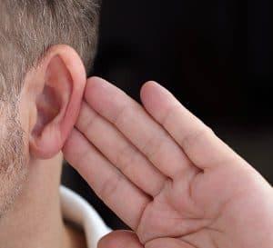 HearingLoss-Hand